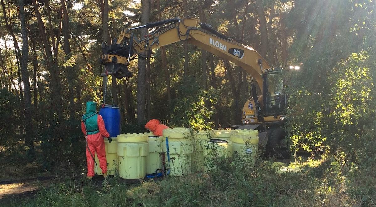Gevaarlijk dumpafval verwijderen | Bloem Incidenten Service